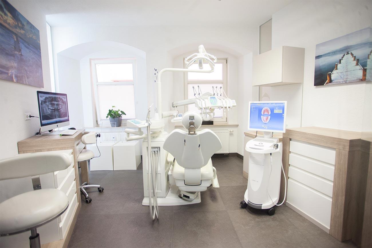 Auf Angstpatienten spezialisiert - Zahnarztpraxis elements Zahnmedizin - Zahnarzt Esslingen
